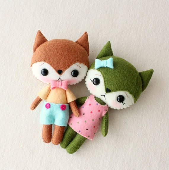Flicker and Twizzle are an adorable pair of Pocket Foxes
