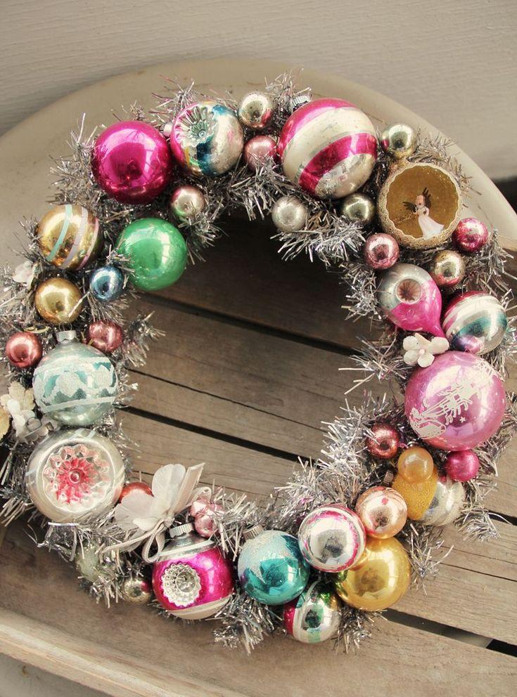 pretty petalsChristmas Wreaths, Glasses Ornaments, Vintage Holiday, Diy Ornaments, Vintage Ornaments, Handmade Ornaments, Vintage Wreaths, Ornaments Wreaths, Vintage Christmas Ornaments