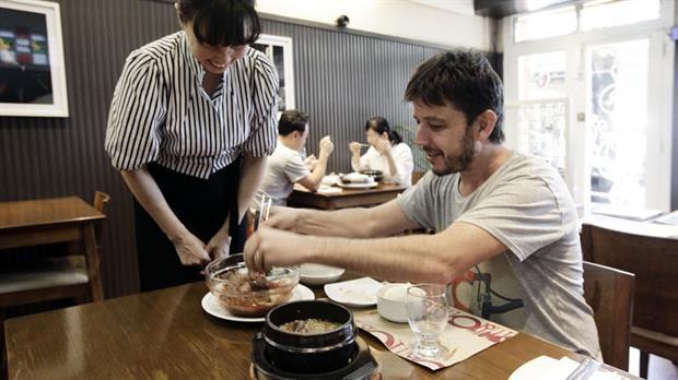Un almuerzo inolvidable en el barrio coreano - Restaurante: Una Canción Coreana