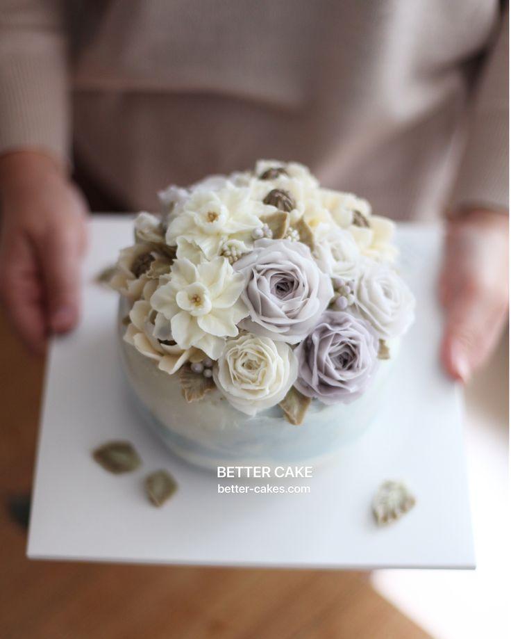 . Done by my student from Japan Any inquiries about BETTER CLASS, Mailbettercakes@naver.com Linebetter_cake FacebookBetter Cake Kakaotalkleesumin222 #buttercream#cake#베이킹#baking#bettercake#like#버터크림케이크#베러케익#cupcake#flower#꽃#sweet#플라워케이크#koreabuttercream#w