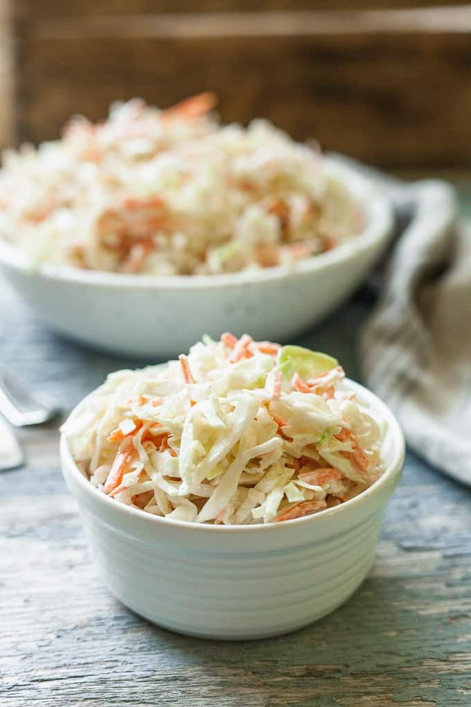 Creamy No Mayo Coleslaw This Traditional Coleslaw Recipe Swaps Sour Cream For The Mayonnaise And Vegan Summer Recipes Bbq Side Dish Recipes Homemade Coleslaw
