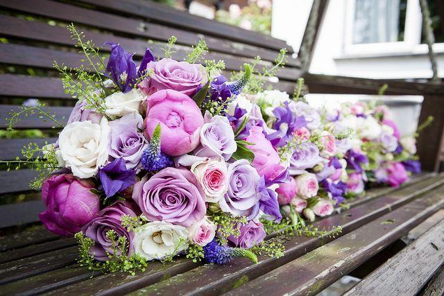 Veld Boeketjes. #wedding #bruiloft #rose #pink #bloemsierkunsthaasjes