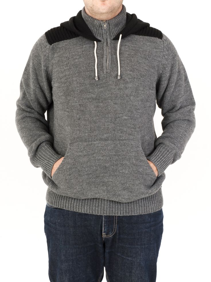 Jersey de punto para hombre con capucha y bolsillo central. Puño de canalé. Moda Invierno 2014. Colores marengo, marrón, beige y tejano.