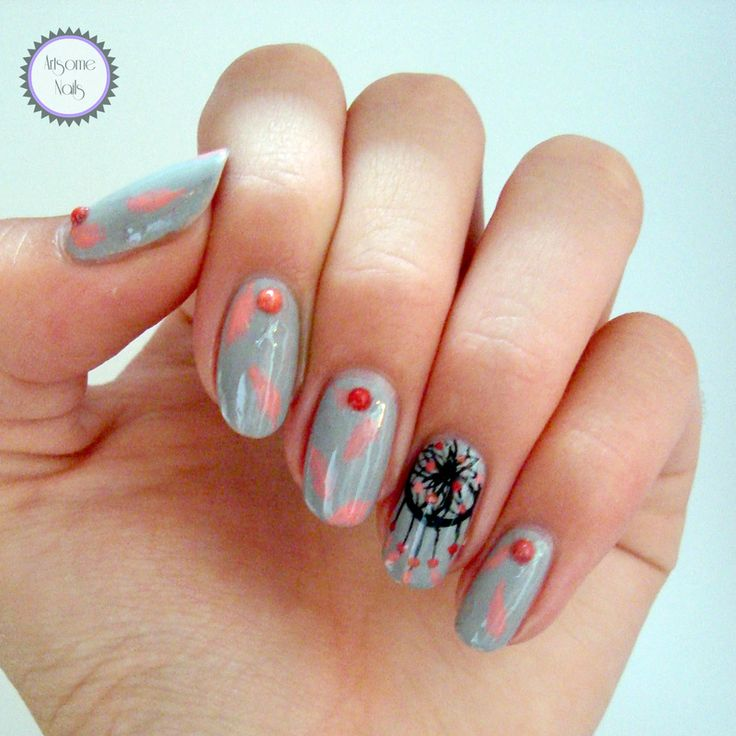 Dreamcatcher nails