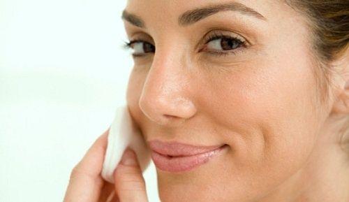 Un ingrédient naturel qui nettoie et blanchit toutes les taches de votre peau (Le persil-recettes)