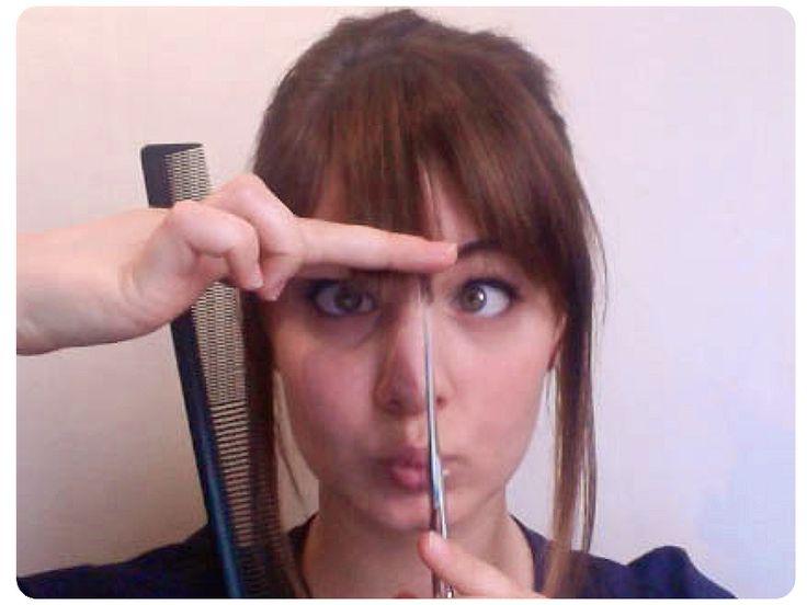 17 meilleures id es propos de cheveux longs la frange sur pinterest franges sociaux - Comment couper une frange longue ...