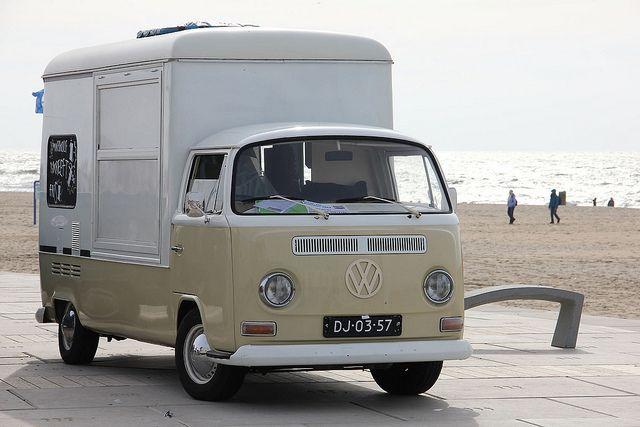 DJ-03-57 Volkswagen Transporter T2A Kemperink by Wouter Duijndam, via Flickr