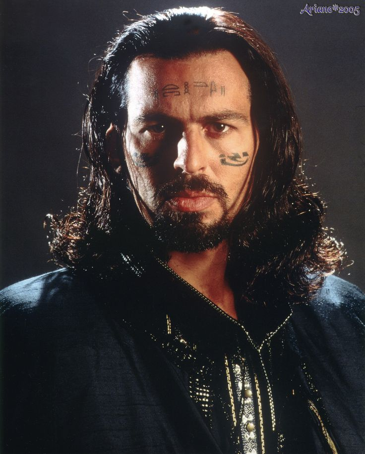 There was definitely a little of Oded Fehr in Gabriel--mostly the hair (lol)