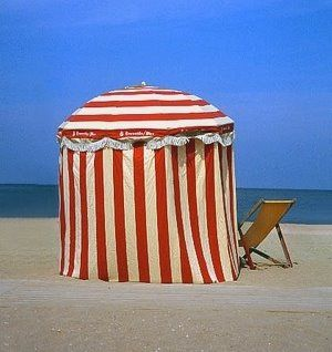 beach changing room - i like this as a picture