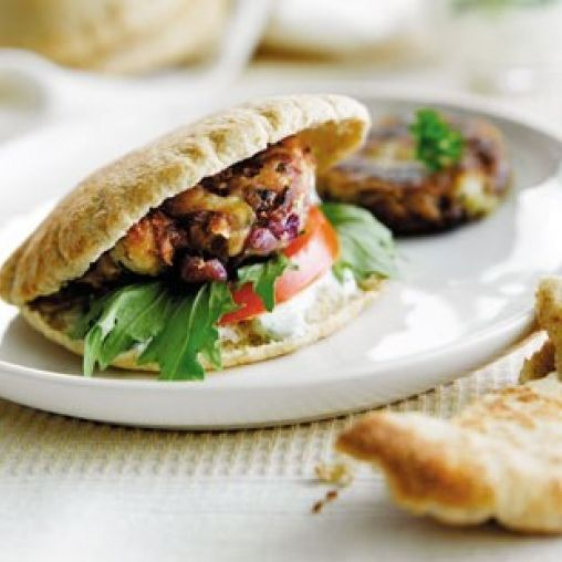 Spiced butter bean patties with yoghurt dressing | Healthy Food Guide