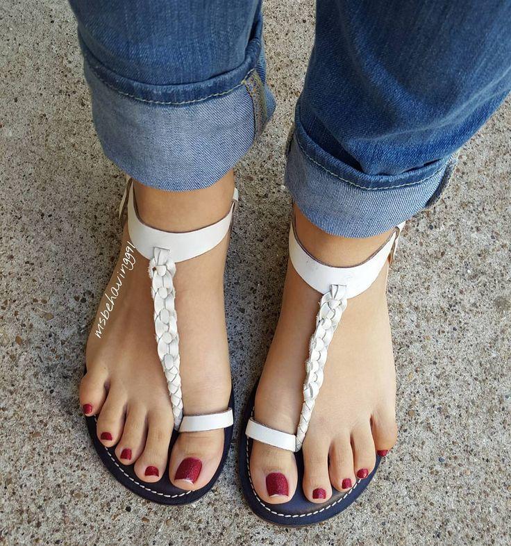 sexy-white-feet