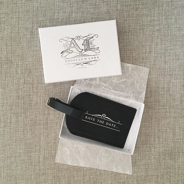 A regal inspired monogram designed for a beautiful couple and the soon-to-be Mr and Mrs 💞 @misslofano @andreaskond |  #locationwedding #italy #luggagetag #silverfoil #invitation #uniqueideas #wedding #savethedate #regal #monogram #italy