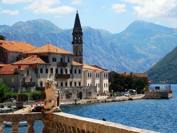 Куда можно поехать без визы в Европу. Черногория