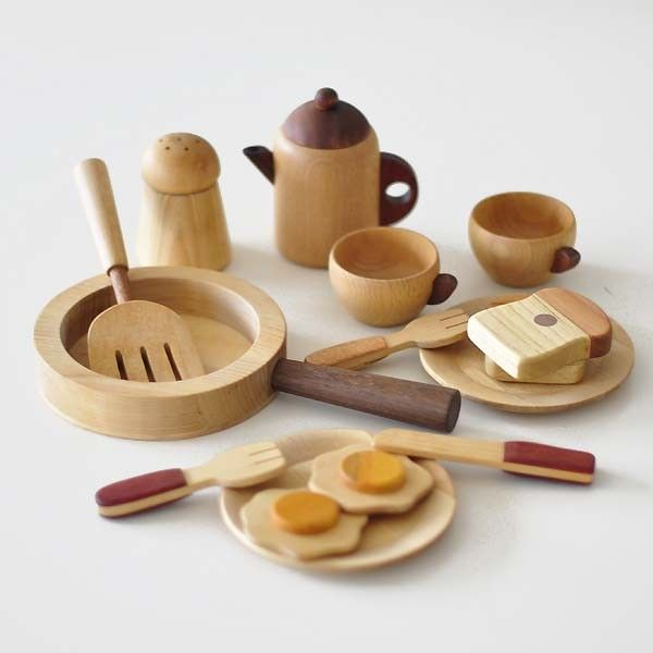 Plan Toys Natural Kitchen Set
