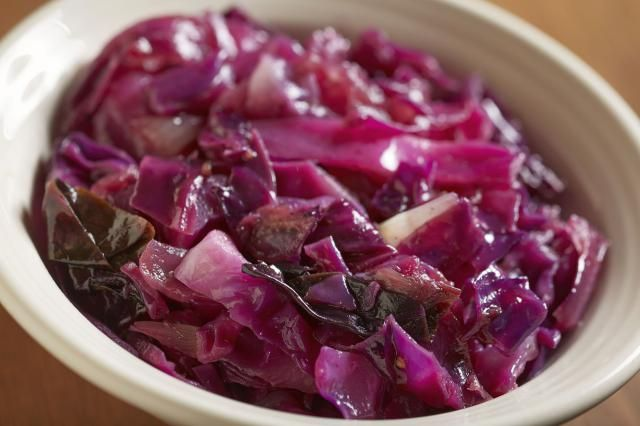 Good, uncomplicated simple Polish red cabbage recipe. I used white wine vinegar and cider vinegar instead of red wine vinegar. Healthy and delicious.