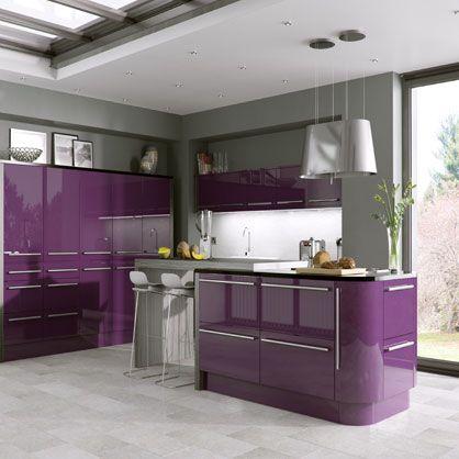 Best 25 high gloss kitchen doors ideas on pinterest for Aubergine kitchen cabinets