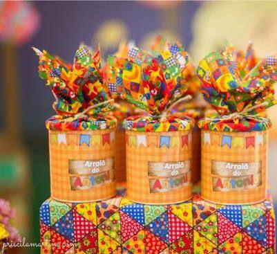 Resultado de imagem para latas de leite decoradas  festa junina