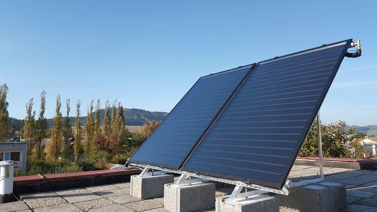 Cez zimu si dajte urobiť ponuku a na jar máte energie takmer zadarmo Tento rok už poukážky na OZE nebudú, šanca je opäť v 1. polroku 2018  Kto by chcel získať finančné prostriedky z projektu Zelená domácnostiam, určených na poukážky Slovenskej inovačnej a energetickej agentúry (SIEA), pre inštaláciu zariadení na využívanie OZE (Obnoviteľných zdrojov energie), musí si počkať na prvý polrok 2018.