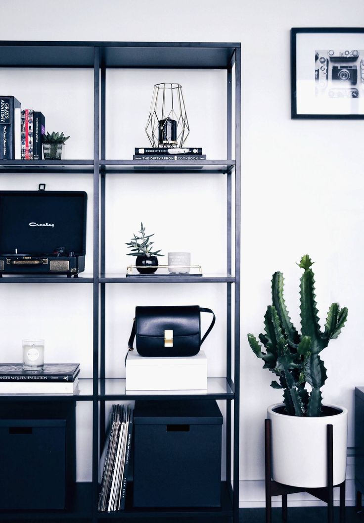 apartment inspo- shelf styling | The August Diaries