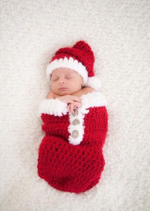 Pin by Melissa Fuller on Photo ideas | Pinterest | Newborn christmas ...