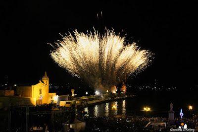 Eolie news: Lipari: Fuochi d'artificio per la festa del Patron...