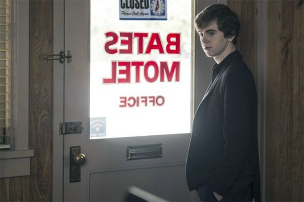 "Bates Motel S3E2 Review: ""The Arcanum Club"""