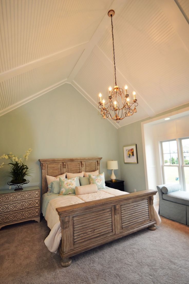 Best 25 cathedral ceiling bedroom ideas on pinterest for Bedroom ideas vaulted ceiling