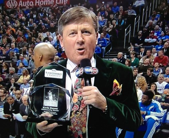Not one but two fly Craig Sager suits  #sagerstrong #craigsager #trending #trend #jacket #suit #bespoke #colorful #cancer #sidelineforsager #nba #sports #reporter #sideline #tntsports #baseball #ihatecancer #turnersports #nbatv #life #nbaontnt