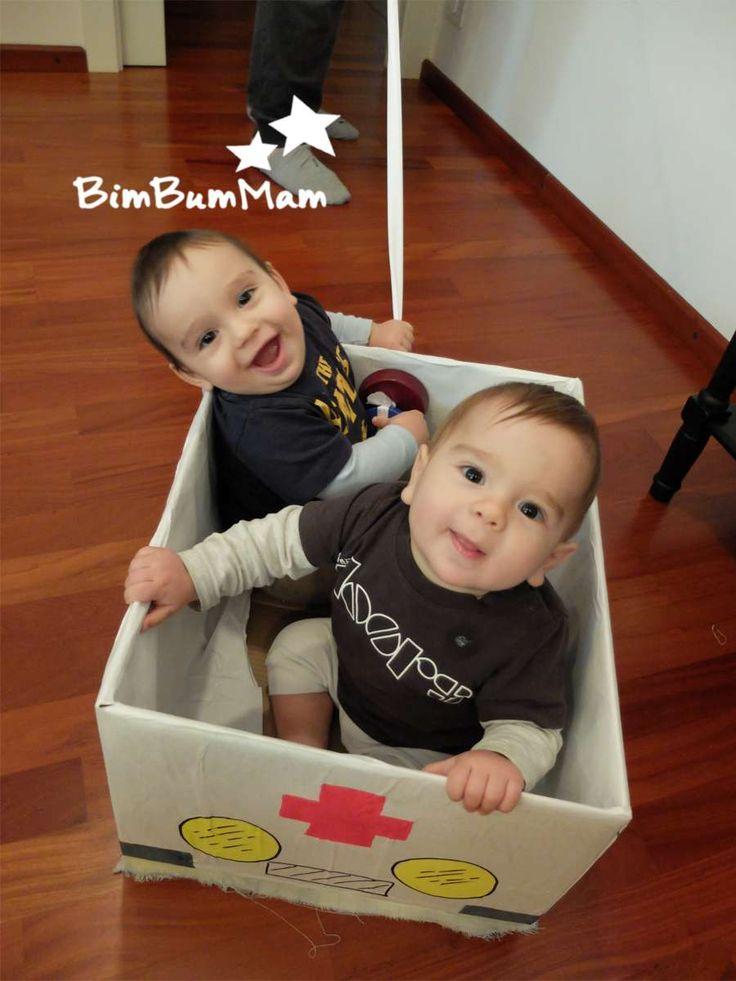 Macchinine di cartone - Ecco alcune idee di giochi per bimbi fai da te. Queste macchinine di cartone sono molto facili da fare oltre che economiche. BimBumMam