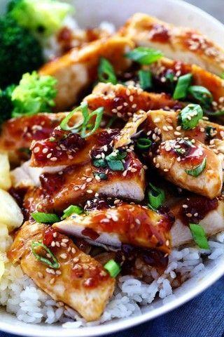 照り焼きソースは使いみちがとても多い万能調味料ですね。海外でも「TERIYAKI」は定番の人気です。基本のソースから生姜などの薬味を入れるアレンジ版まで海外レシピ8点をご紹介。自分好みのソースを作って魚、肉、野菜料理に使ってみましょう!