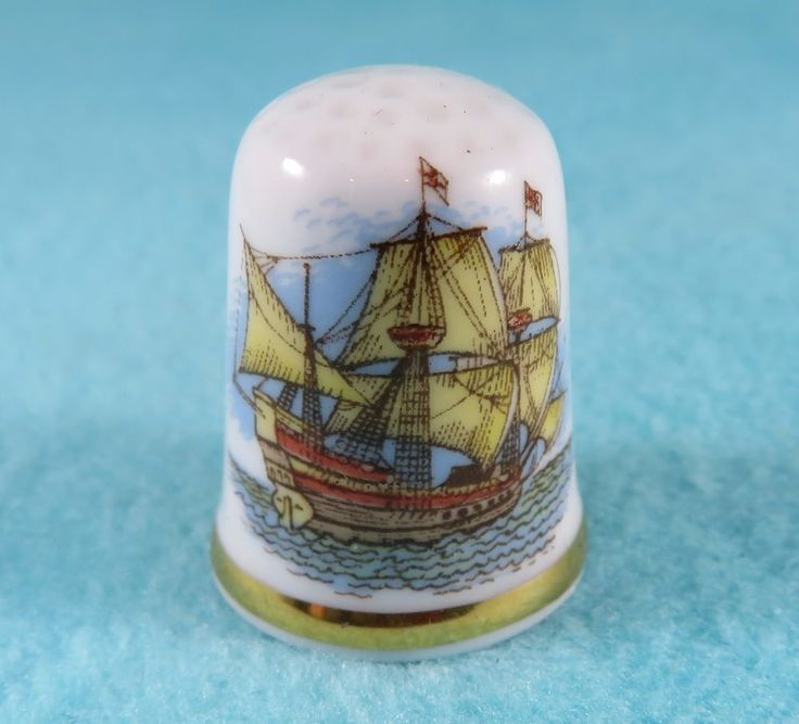 CAVERSWALL Thimble - Famous Ships - The Golden Hind