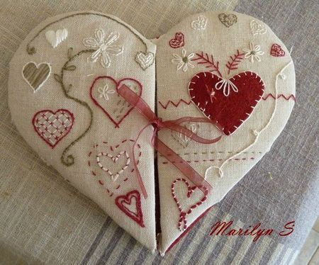 """Petit Coeur / Heart Sewing Kit by Amies Les Broderies de Marilyn (1 of 2): """"This pouch opens and you can put inside thread, scissors, needles needed for a small embroidery on the go."""""""