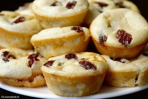 Mini pannenkoek muffins met rozijnen of cranberries