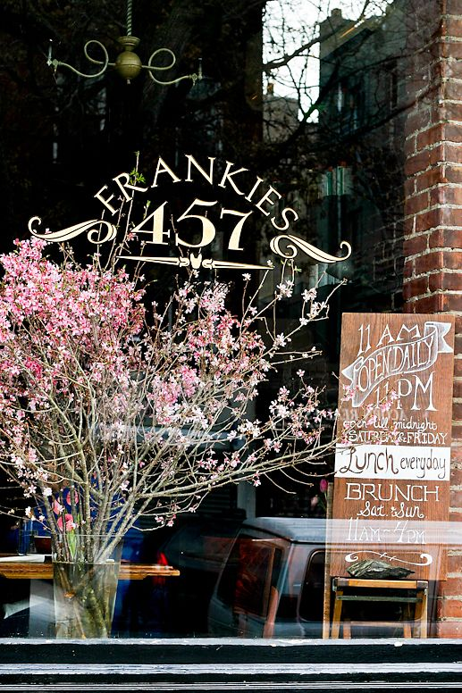 The Ultimate Guide To Best Brunch Spots In Brooklyn Here Are Some Of Our Favorite Restaurants Williamsburg Like Allswell Heights