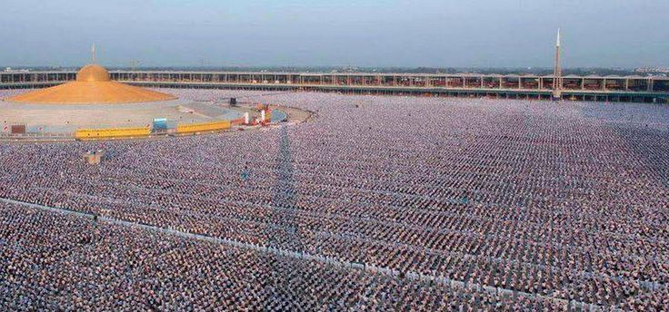 Thaiföld 5000 iskola 1.000.000 gyermek meditál a világbékéért n