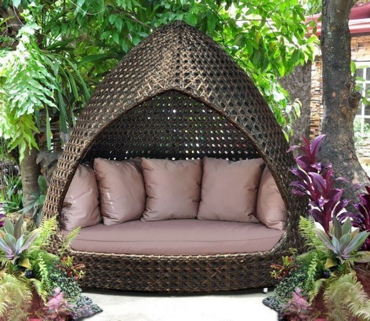 wicker gazebo with your own hands
