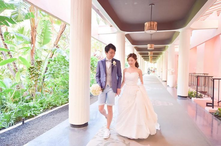 ピンク・パレスの愛称で呼ばれるロイヤルハワイアンでのホテル内撮影  どこで撮影してもlovelyなフォトスポットばかりです  PRODUCED BY @motif_wedding_design_resort  PHOTO BY HIROKI  @hirokiphoto @laviefactoryhawaii  HAIR & MAKE BY HITOMI @hitomimakeup @laviefactoryhawaii  #TheTerraceByTheSea #TerraceByTheSea #TAKAMIBRIDAL #53ByTheSea #hawaii #hawaiiwedding #wedding #bridal #bride #groom #reception #ナウパカチャペル #カウイチャペル #ザテラスバイザシー #テラスバイザシー  #タカミブライダル #53バイザシー #ハワイ #ウェディング #リゾ婚 #結婚式 #プレ花嫁 #海外挙式 #ハワイ挙式 #チャペル挙式 #ホテル内撮影 #ロイヤルハワイアン #ピンクパレス #royalhawaiian…
