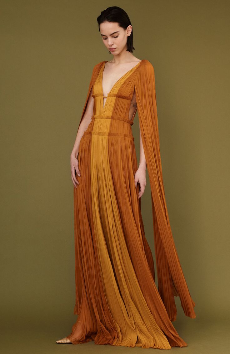 1817 best Kleider - Abendkleider / Dreamy Dresses - Gowns images on ...