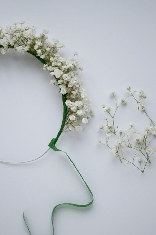 DIY Baby's Breath Crown | via.  this heart of mine | Flower girl style | Wedding