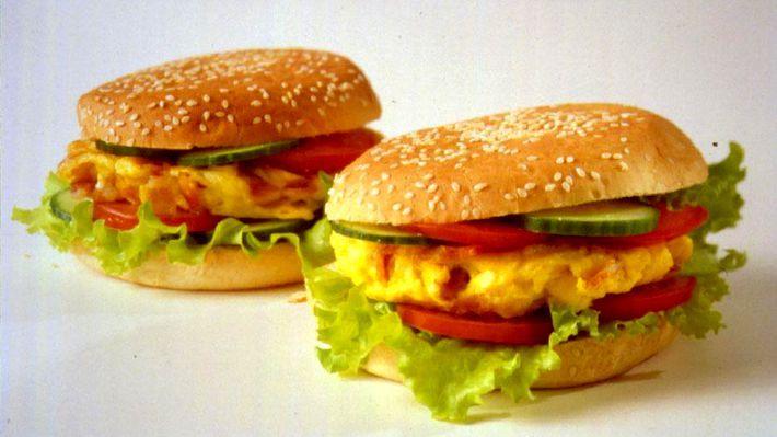 MatPrat - Omelettburger med bacon