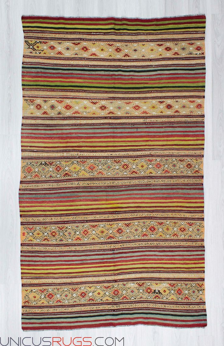 """Handwoven vintage kilim rug from denizli region of Turkey. In very good condition. Approximately 45-55 years old. Width: 4' 10"""" - Length: 8' 2"""" Embroidered Kilims"""
