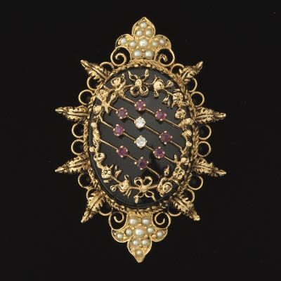 621. Victorian Ladies' Gold, Diamond, Ruby, Black Onyx and Seed Pearl Pin Brooch - October 2016 - ASPIRE AUCTIONS