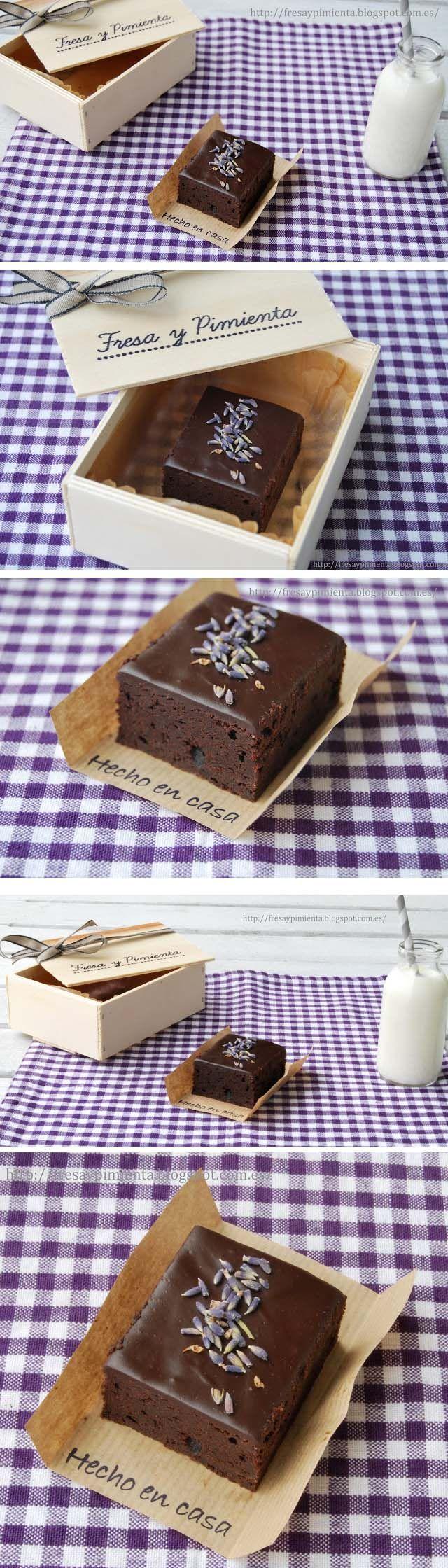 Brownie de chocolate y lavanda