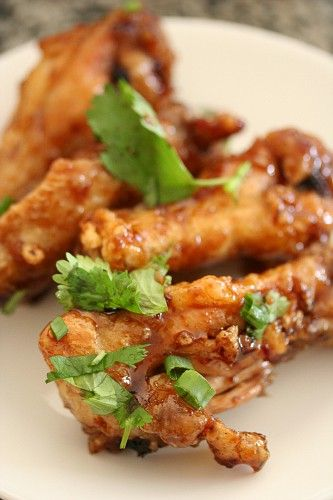 This is the best chicken wings recipe I've tried -- it's based on the original recipe from San Tung Restaurant in San Francisco. Thank you, melonoat!
