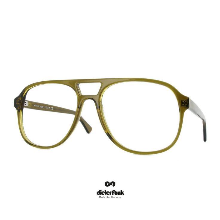 No Understatement Dieter Funk S Attila In Our New Color Sludgy Aviatoracetate Bigglasses Dieterfunkeyewear Brillenmanufakturkinsa Big Glasses Funk Eyewear