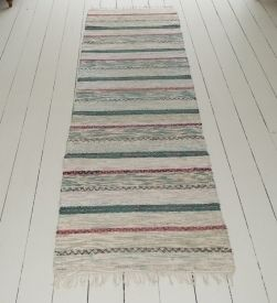 traditional-handwoven-swedish-rug-3