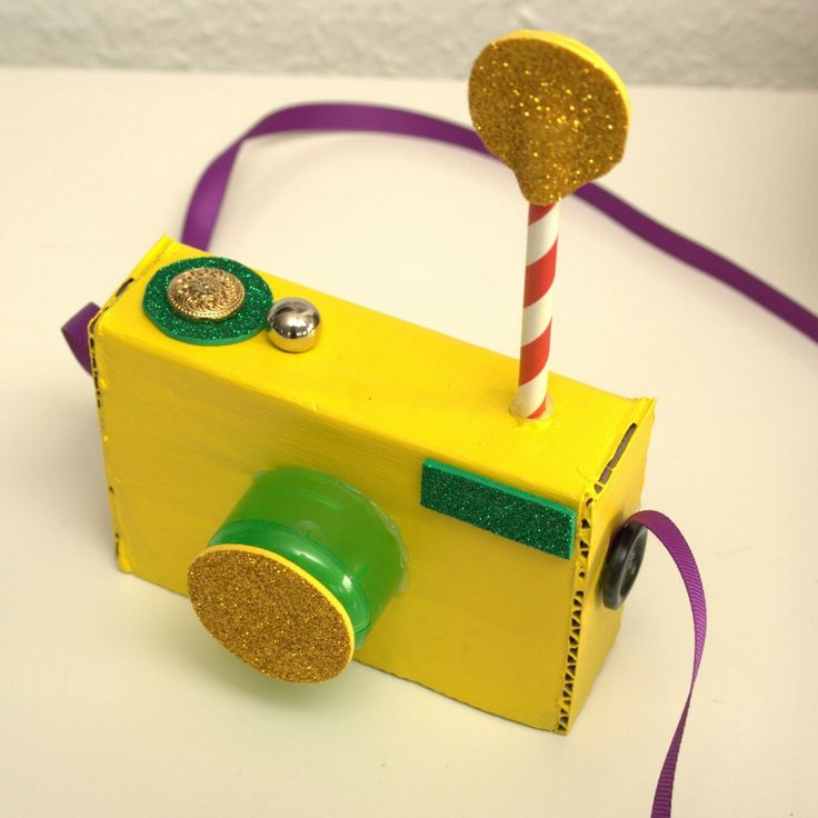 Nice Hollywood Craft Ideas For Kids Part - 11: DIY Cardboard Camera - Cámara De Juguete Con Cartón