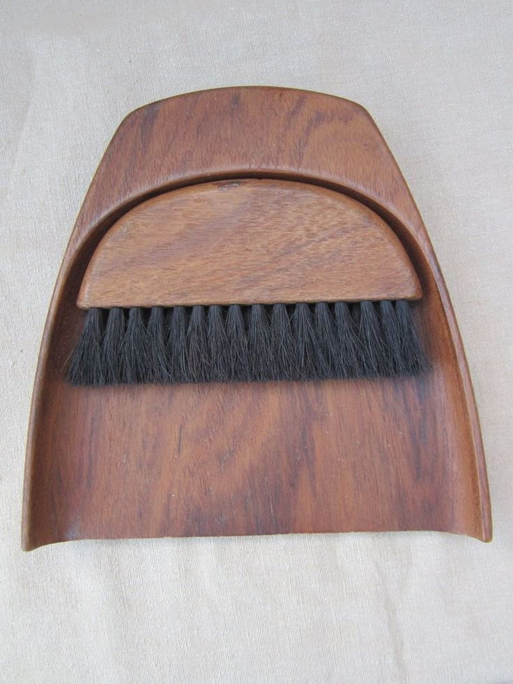 Gorgeous 1960's Danish TEAK BUTLERS BRUSH AND PAN for table crumbs (marked W)
