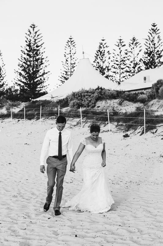 Relaxed Fremantle wedding. Image by Perth wedding photographer Sara Hannagan Photography