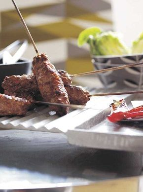 Tomato and Chilli #WelshLamb Grill Sticks. 186 kcal per serving.